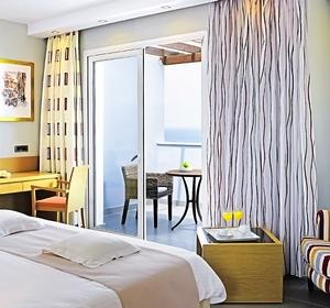Doppelzimmer mit Meerblick im Club Marmari Palace auf Kos - MAGIC LIFE.com
