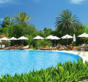 Club Sarigerme Pool-Palmen - MAGIC LIFE.com