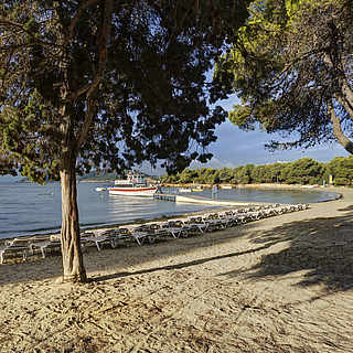 Club Cala Pada Strand mit Bucht