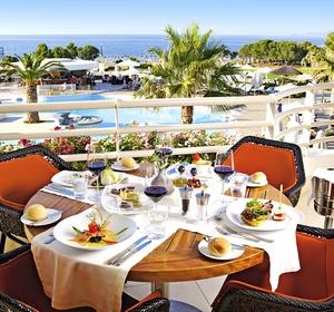 Restaurant Tisch außen - MAGIC LIFE.com